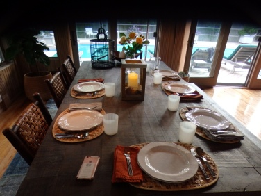 Elegant summer dining.
