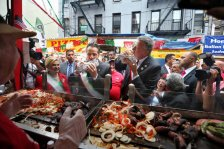 Cuomo and DiBasio at San Gennaro. You definintely wont see this pic this year!