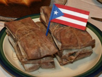 Pasteles and flag.
