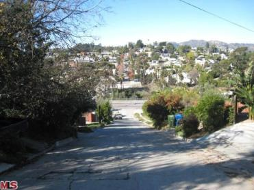 Downhill Fargo Street, Los Angeles, CA Courtesy of MOVOTO