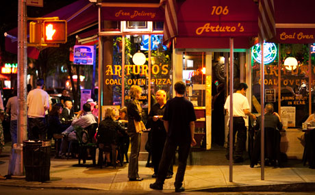 arturos pizza outside