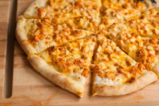 Pomodoro's Buffalo Chicken Pizza