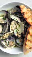 clams garlic bread