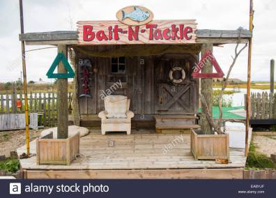 waterfront-bait-and-tackle-shop-near-ocean-city-new-jersey-usa-EABYJF